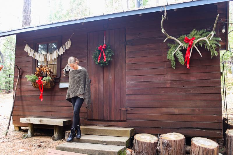 Cabin Christmas-2