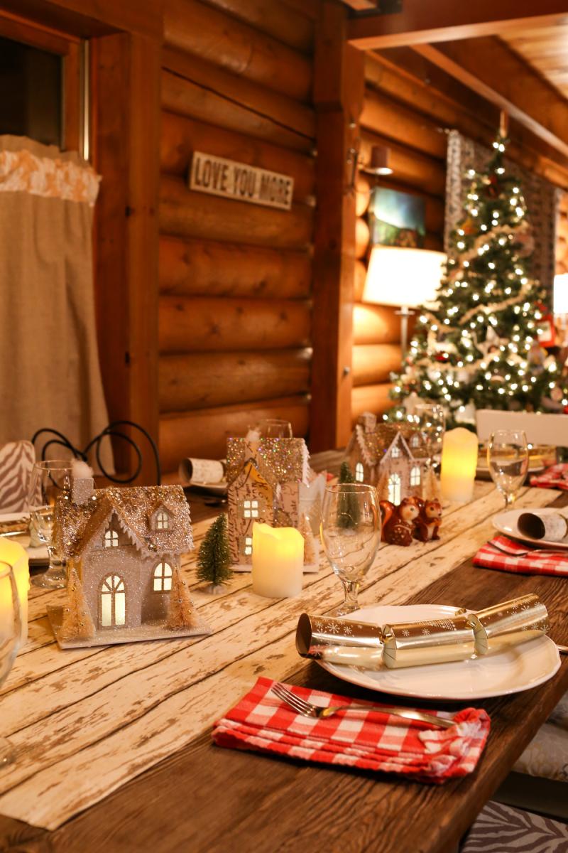 Cabin Christmas-9