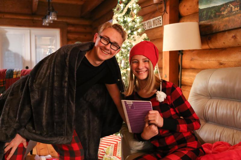 Cabin Christmas-23