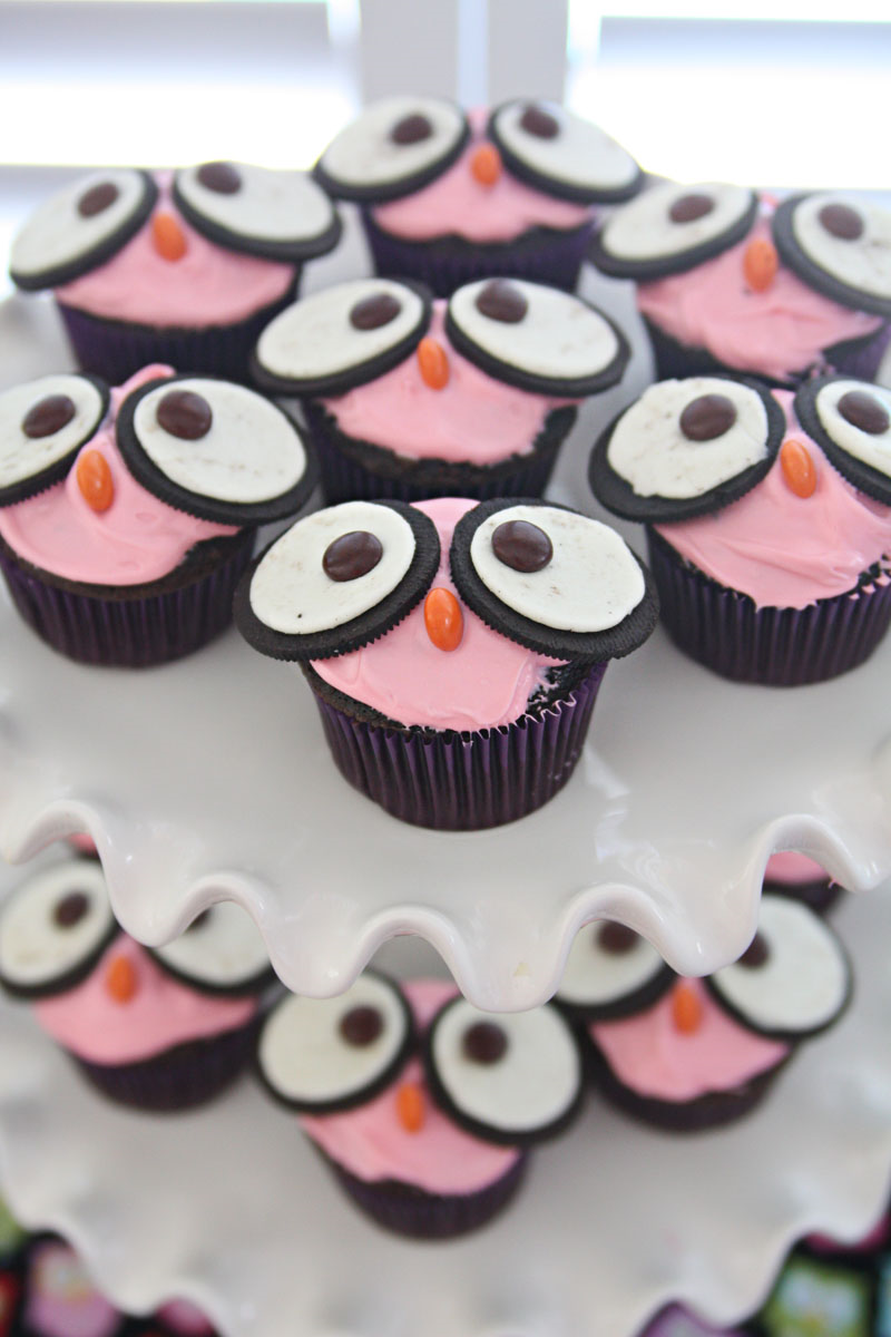 Night Owl Party - owl cupcakes  | Find Joy in the Journey